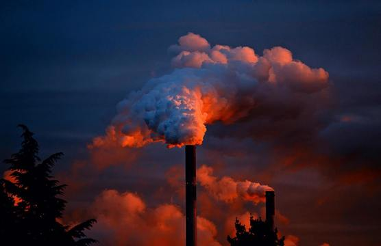 How can manufacturers reduce their carbon footprint? image 1