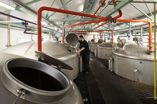 Whisky distilleries take their turn in the legislative queue image 1